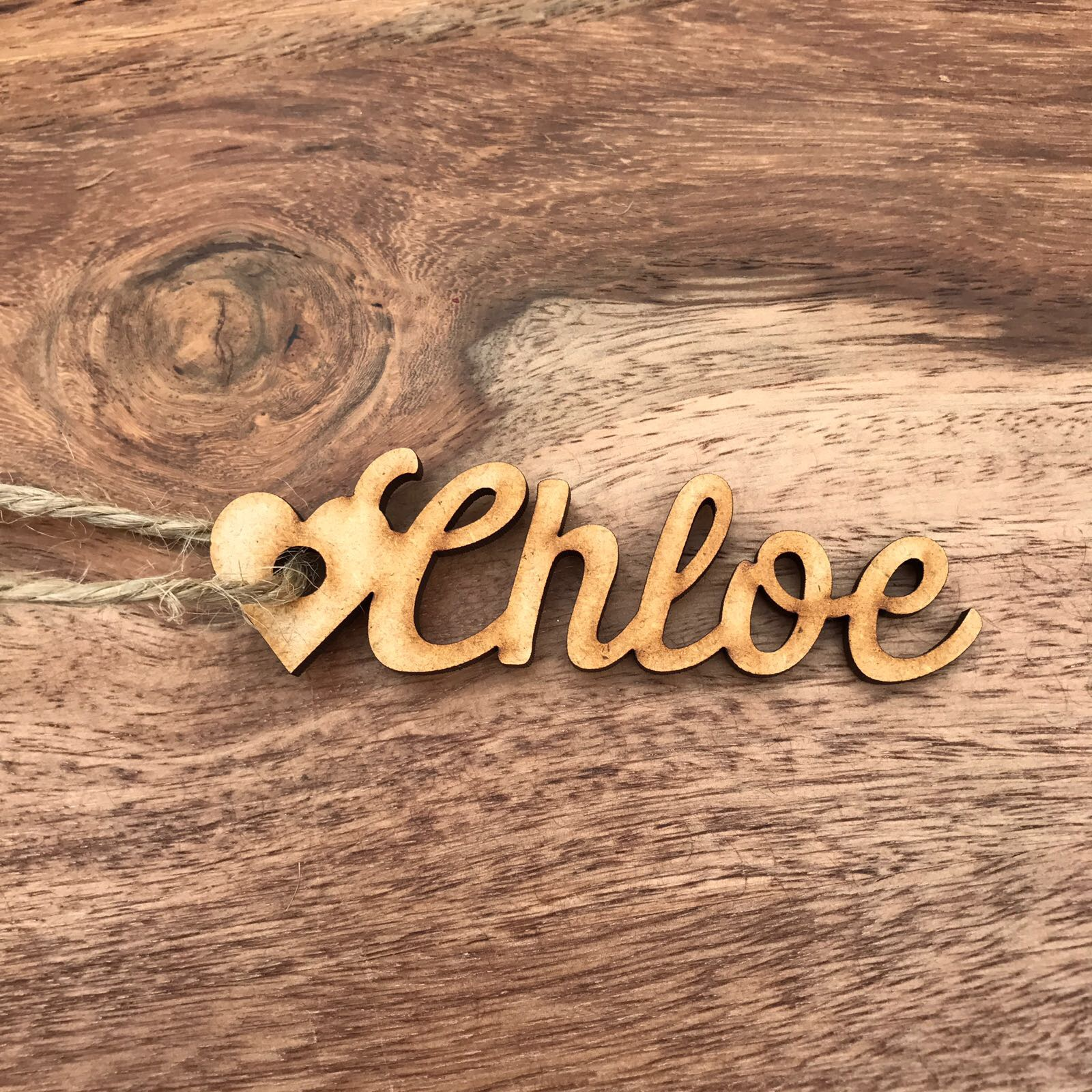 Finest Script Style Wooden Name Heart Gift Tags – Confetti Print NE86