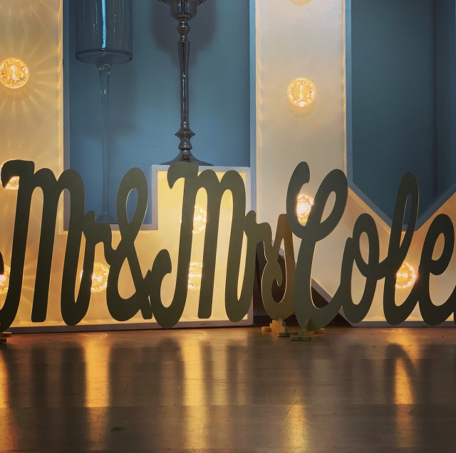Mr & Mrs and Surname Standing Signs Extra Large