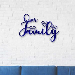 Our Family Hanging Hearts Sign